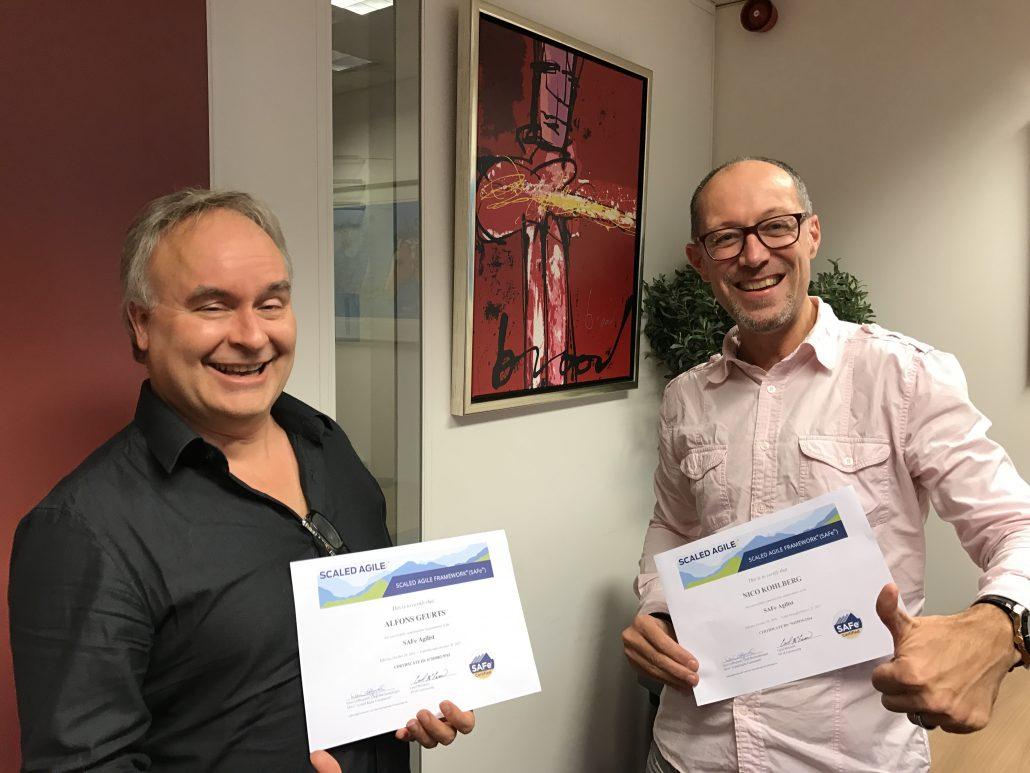 Nico en Alfons met hun SAFe 4.0 Agilist certificaat